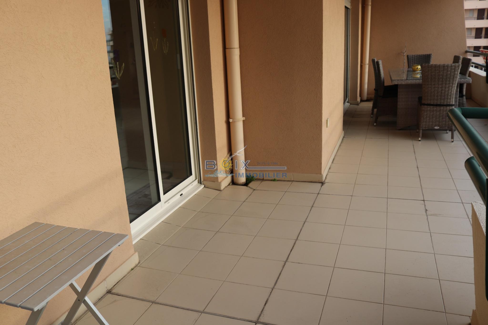 Terrasse appartement T4 corniche sete alt